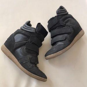 Wedge heel sneakers Velcro straps GUC 7.5